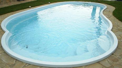 завършен басейн лагуна